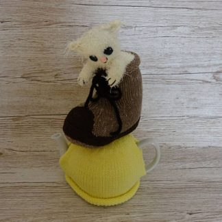 knitted cat in boot